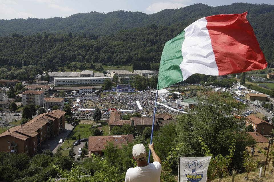 Doomed: How There's No Way Out Of The Debt Crisis For Italy