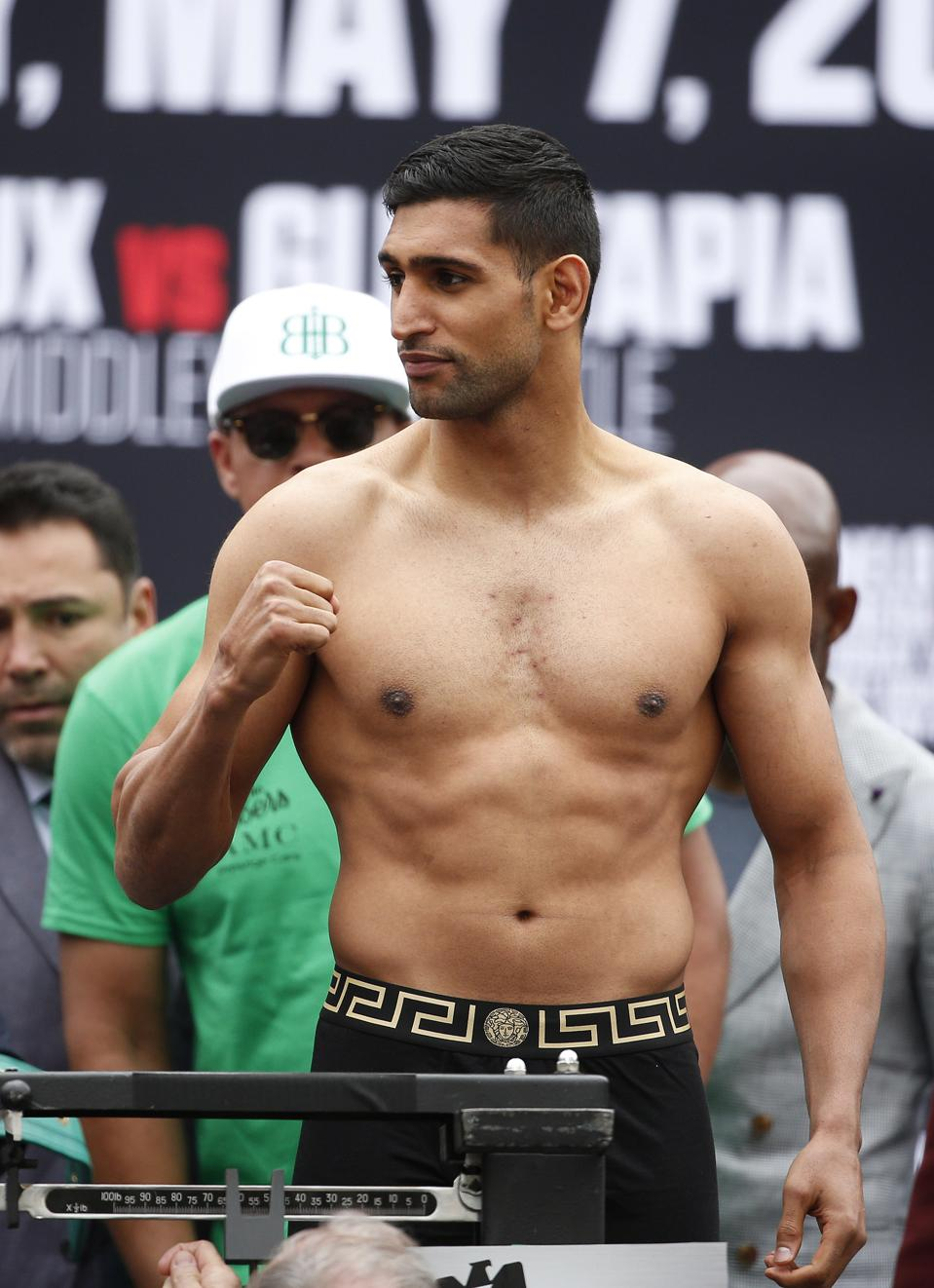 Amir Khan Enters Last Chance Saloon Against Terence Crawford