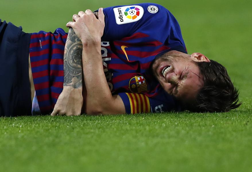 Barcelona's Lionel Messi Estimated To Miss 3 Weeks With Elbow Fracture: Are They Rushing Him Back?