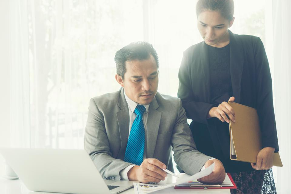 Replace Micromanaging With Macromanaging For Leadership Success