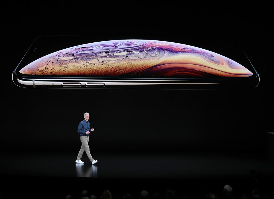 Apple Not Acknowledging iPhone XS Charging Issue