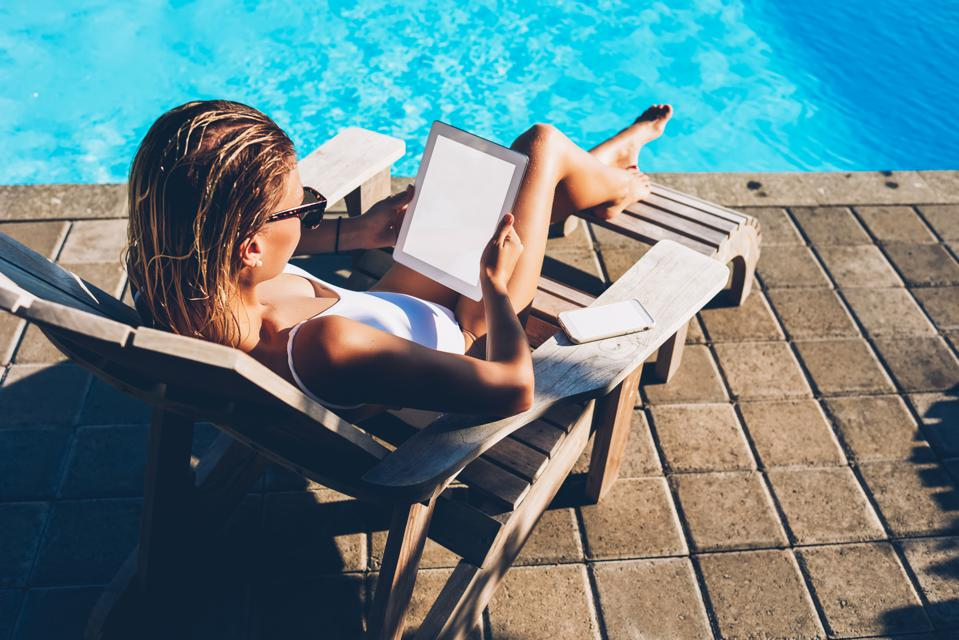 What Super Successful People Do Over A Long Weekend And What You Need To Do Too