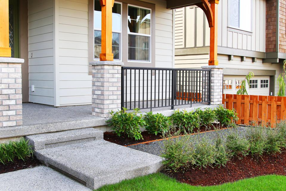 How To Give Your Investment Property Curb Appeal For A Quick Resale