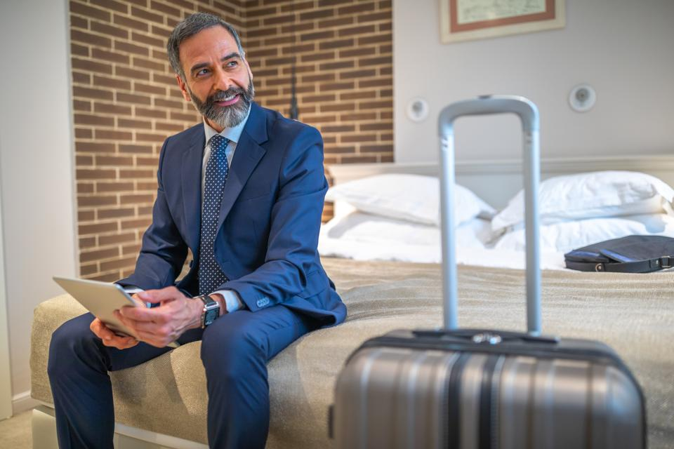Five Ways Artificial Intelligence Could Transform The In-Room Hotel Experience