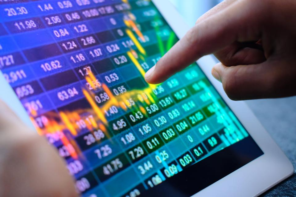 Billion-Dollar Portfolio: 10 Stocks To Buy Now