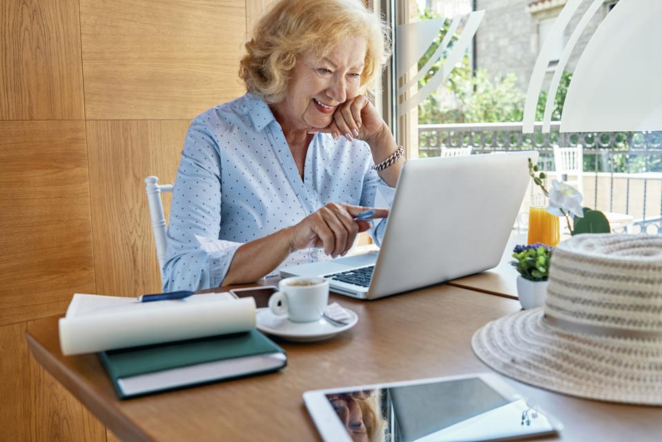 It's A Hot Part-Time Job Market For Boomers And Seniors