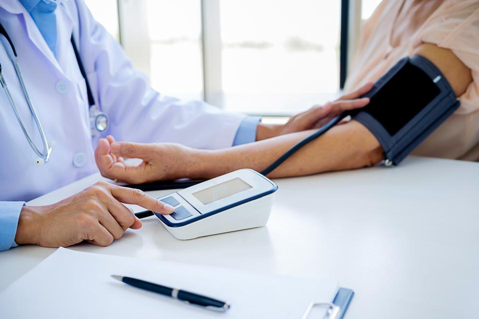 Five Warning Signs Your Doctor Was Too Quick To Diagnose You With High Blood Pressure