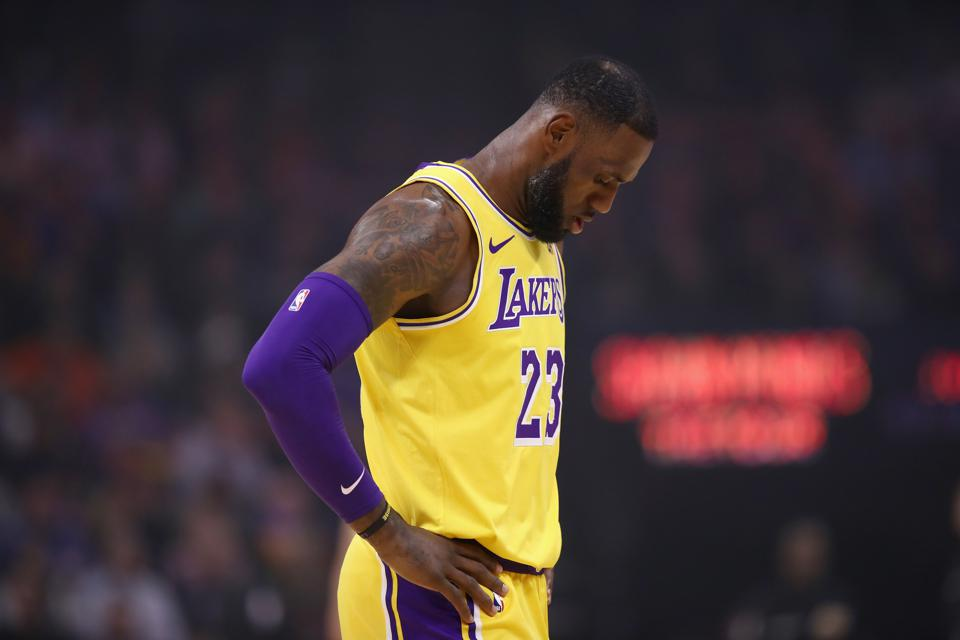 With LeBron James Returning To Cleveland With Lakers, He Would Have Been Better Off Staying