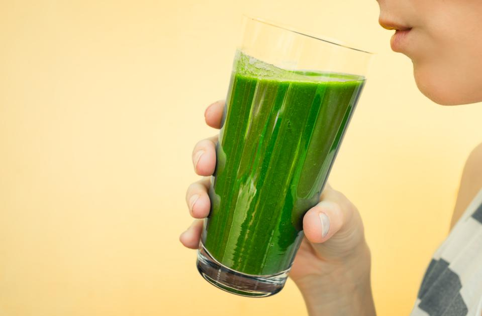 Don't Cook Your Spinach, Drink It: Here's Why