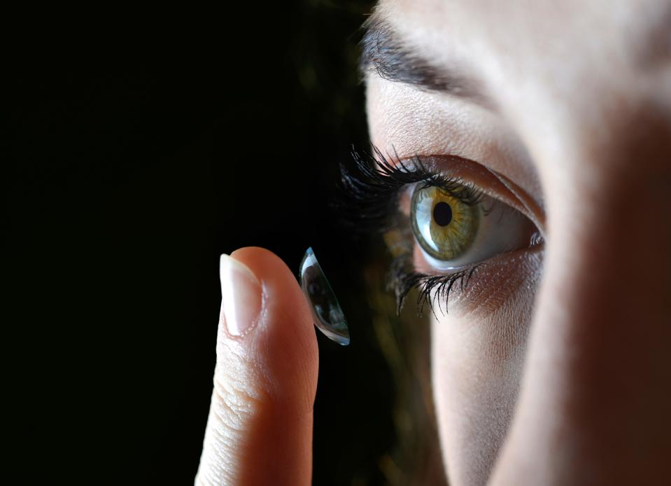 How Sleeping With Contact Lenses Can Hurt Your Eyes, Graphic Pictures Show