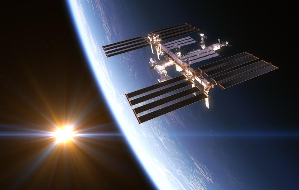 4 Discoveries About Microbes On The International Space Station