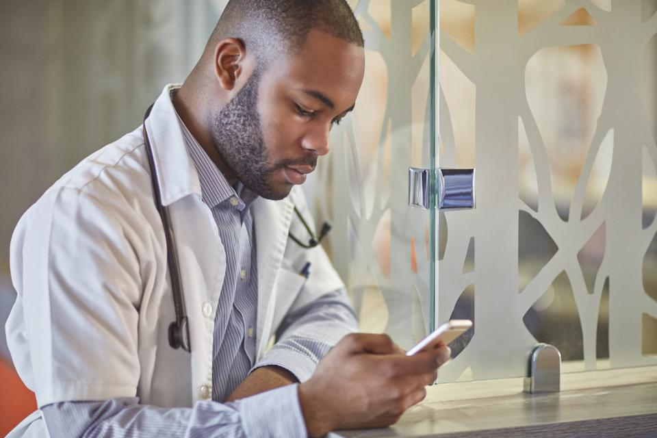 How Mobile Medical Services Are Improving Health Care