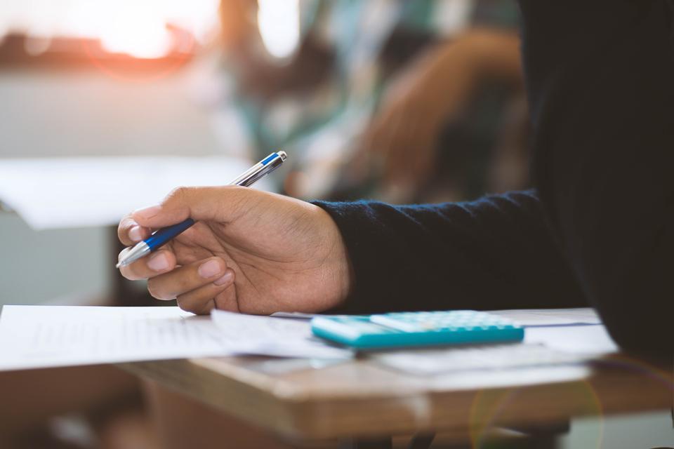 Liệu giáo dục trực tuyến có thể thay thế giáo dục trên lớp bất cứ lúc nào?