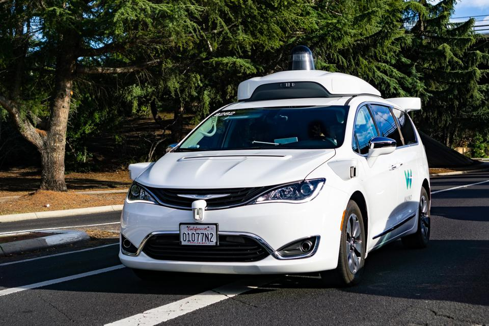 Apple And Uber Are Trailing In Autonomous Car Development [Infographic]