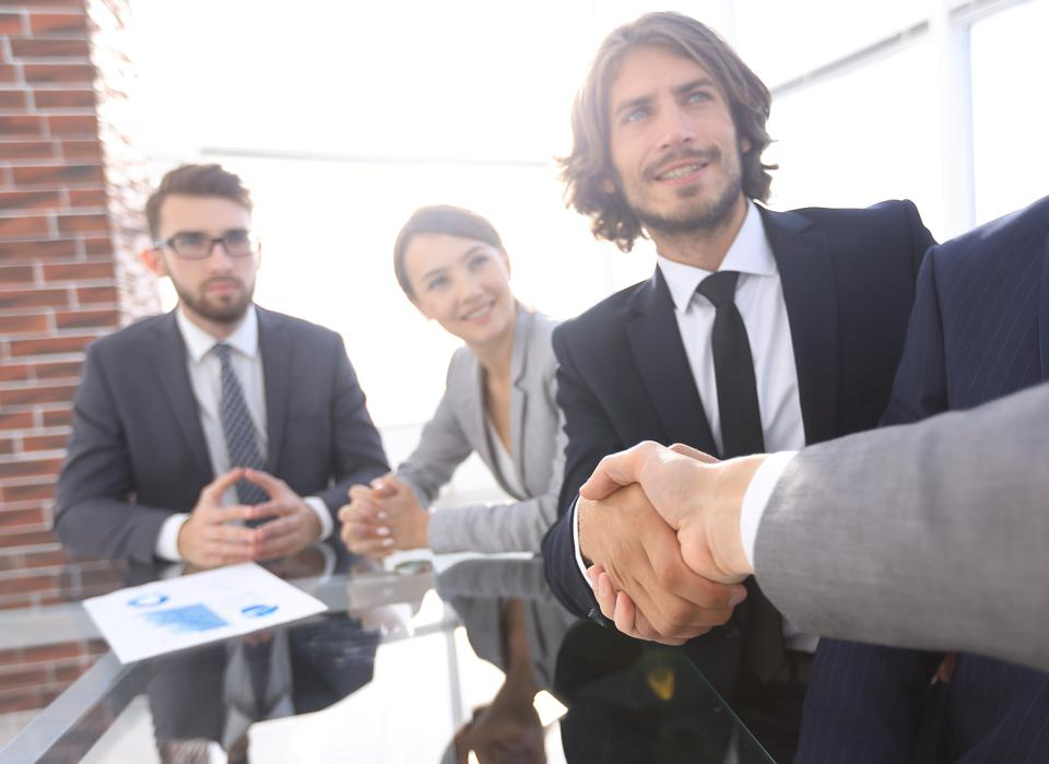 You Get Positive Performance Reviews But No Promotion? Seven Reasons Your Career Has Stalled