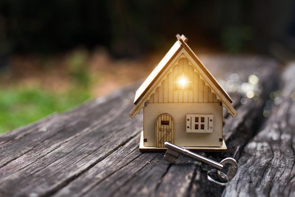 Four Reasons To Avoid Reverse Mortgages