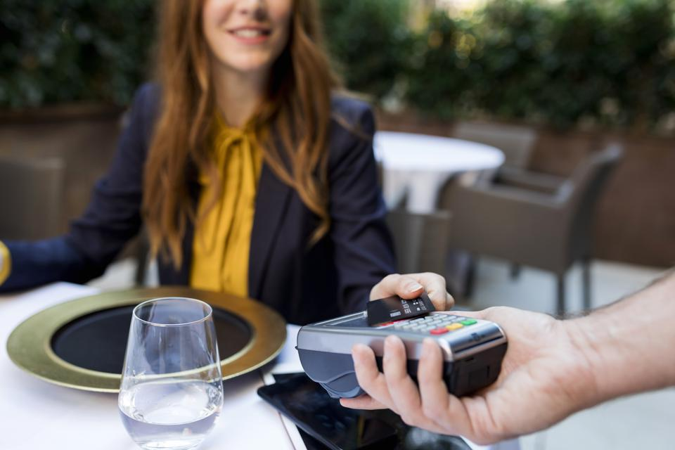 The Racist Roots Of Tipping Reemerge In The Gig Economy