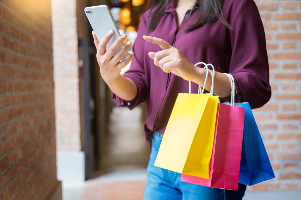 Bridging The Gap: 5 Online-To-Offline Retail Innovations Reviving The Store