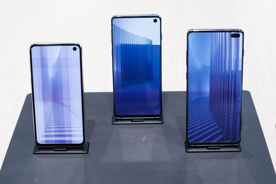 Galaxy S10 Problems Reflect Life At The Cutting Edge