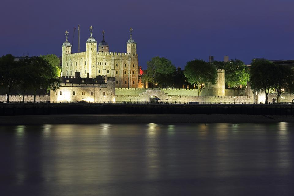 Planning A Trip To London? Don't Miss Europe's Coolest Free Attraction