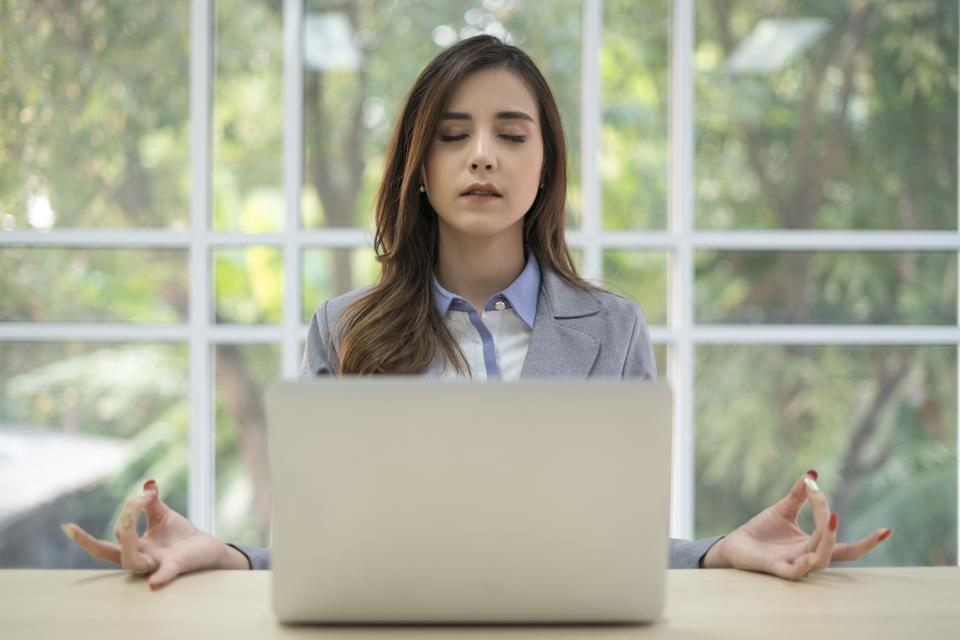 3 Ways Meditation Can Catapult Your Career