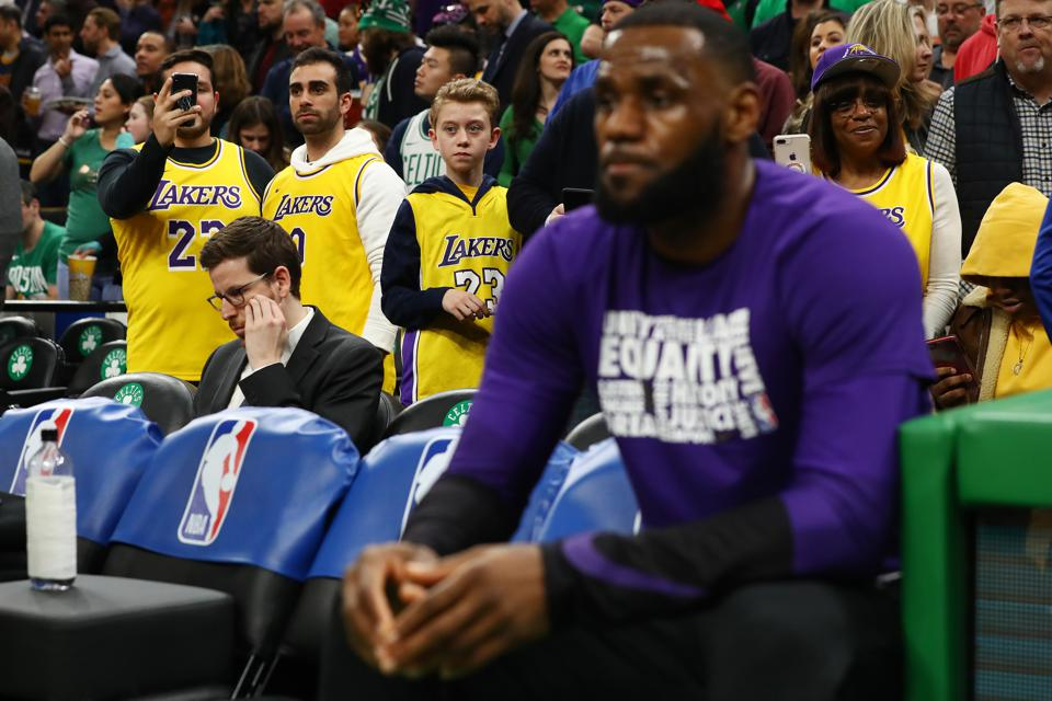 The Good News And Bad News Following The Lakers' Massive Anthony Davis Failure