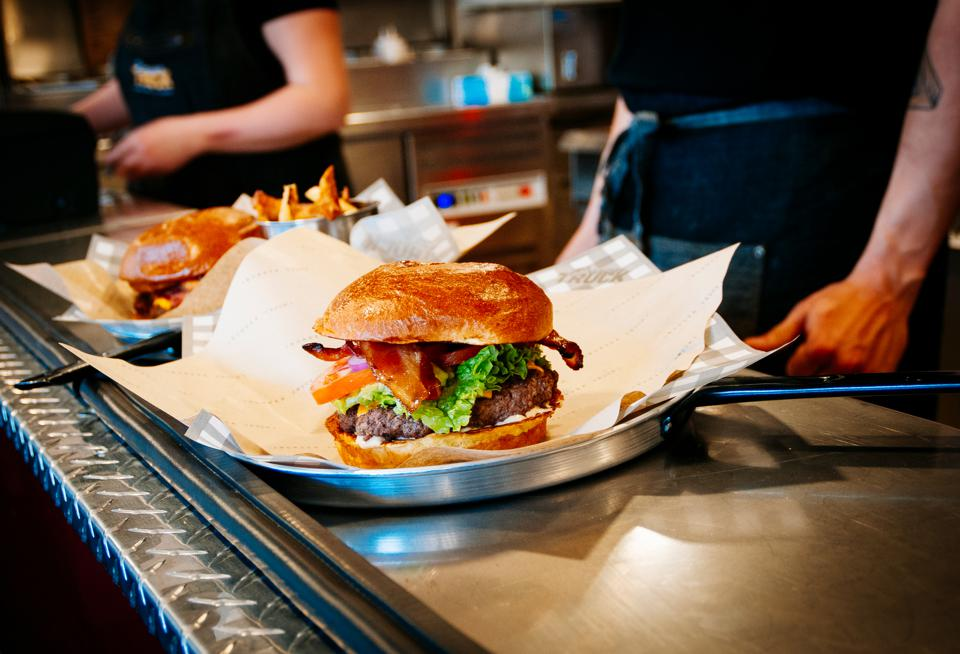 Three Trends To Consider If You're Opening A Burger Franchise In 2019