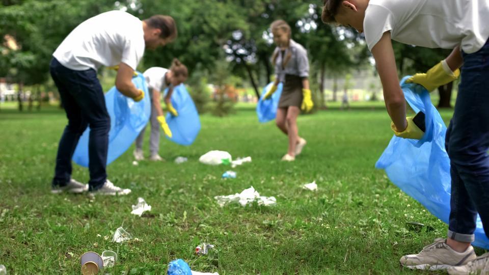 The Key Personality Trait Driving The Viral Trash-Pickup #TrashTag Challenge