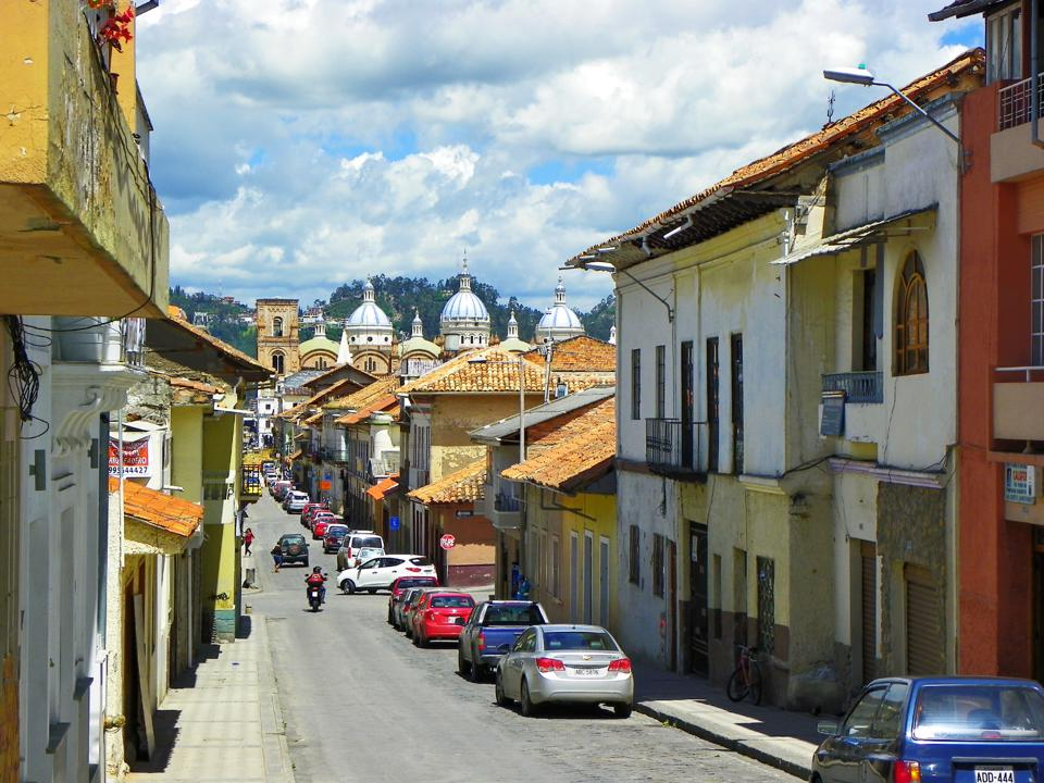 Retired Expats In Ecuador: What Life's Really Like For Them