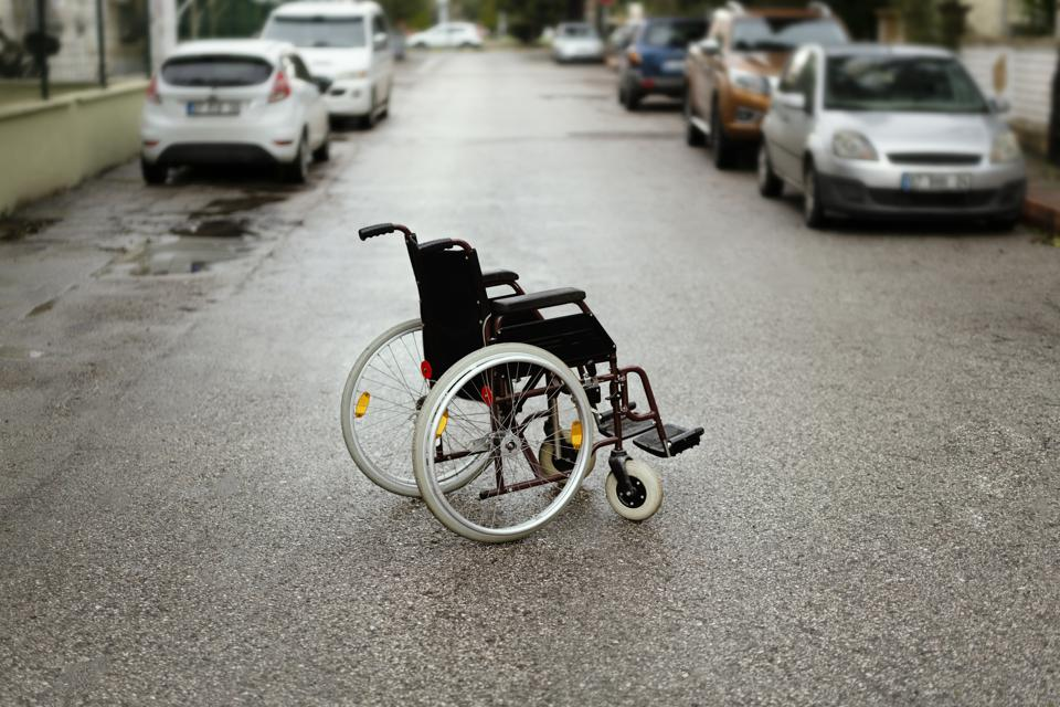 As It Speeds Toward IPO, Lyft Faces Federal Lawsuit For Disability Discrimination