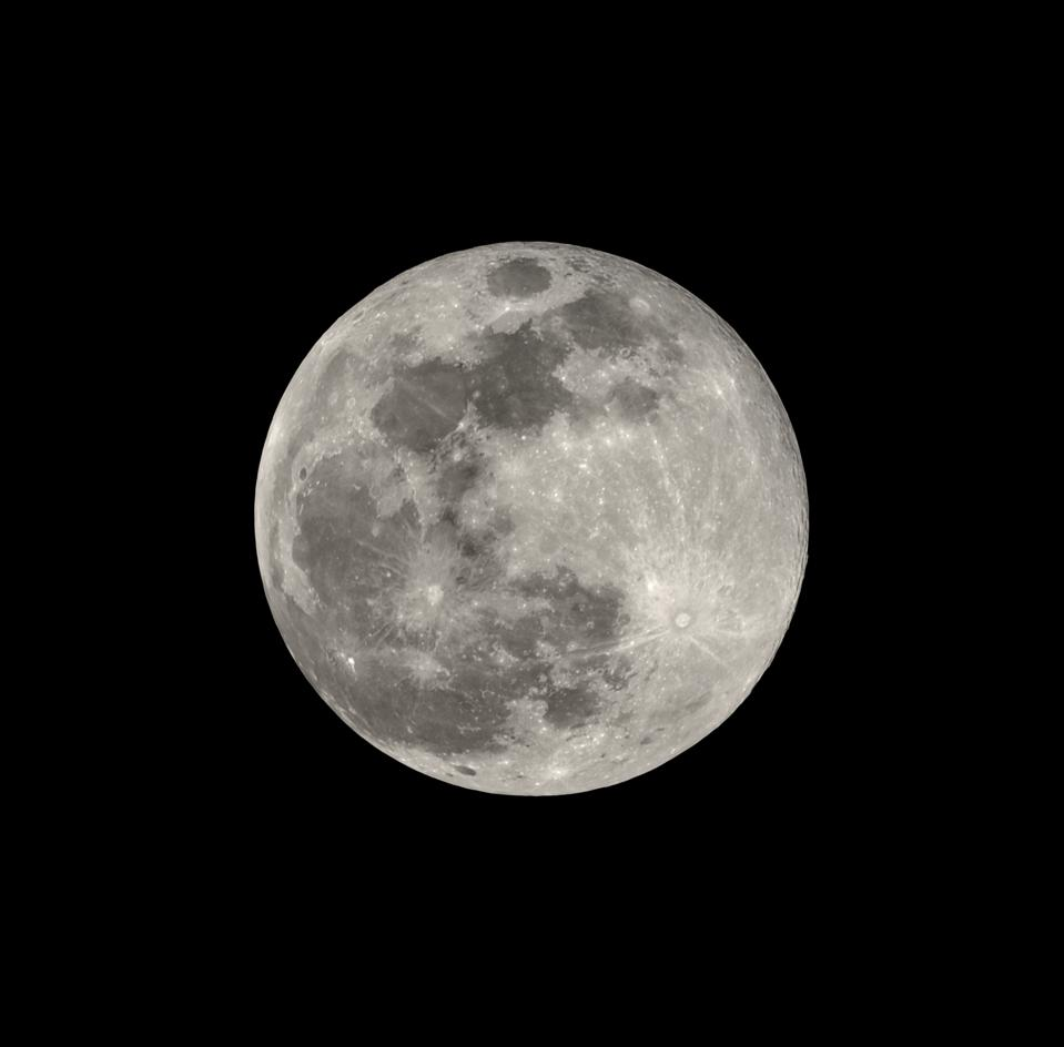 Your Viewing Guide To Wednesday's 'Super Worm Equinox Moon', 2019's Third, Last And Best Supermoon