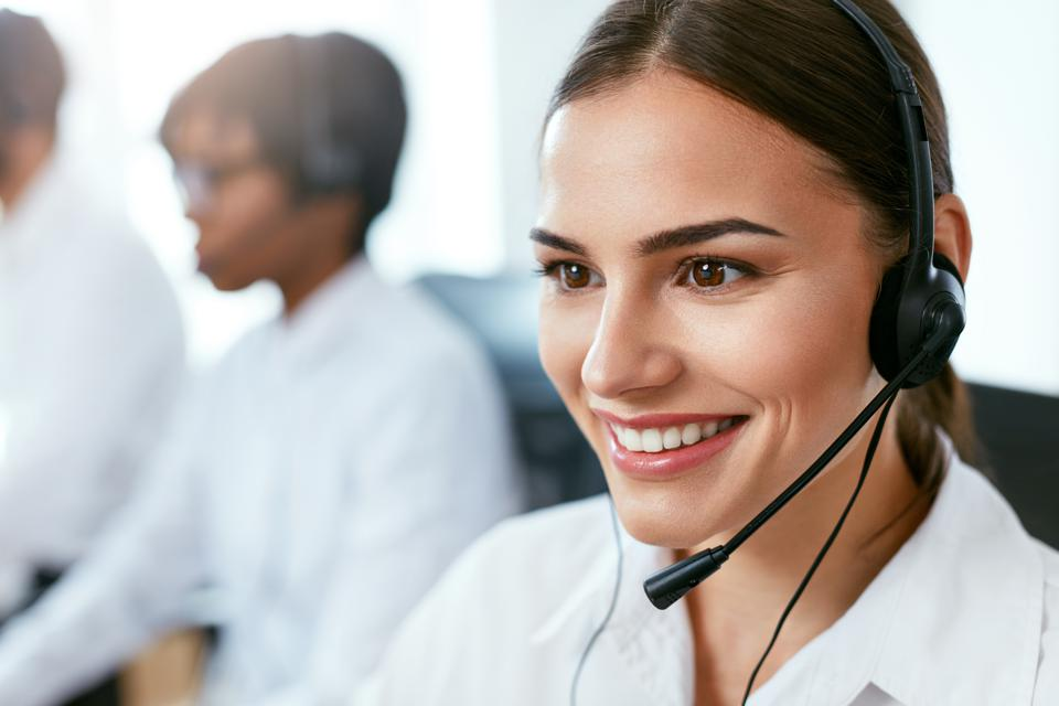 5 Ways Great Customer Service Can Be Your New Sales Engine
