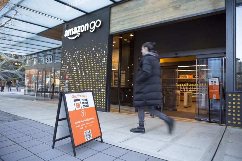 Amazon Go Stores That Accept Cash Wouldn't Cut It In China