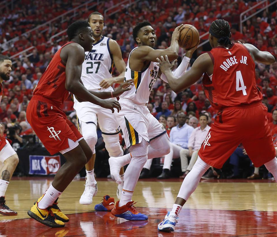 Rockets Jazz Game 1: Flipboard: Fans Gather To Cheer On Rockets In Game 1