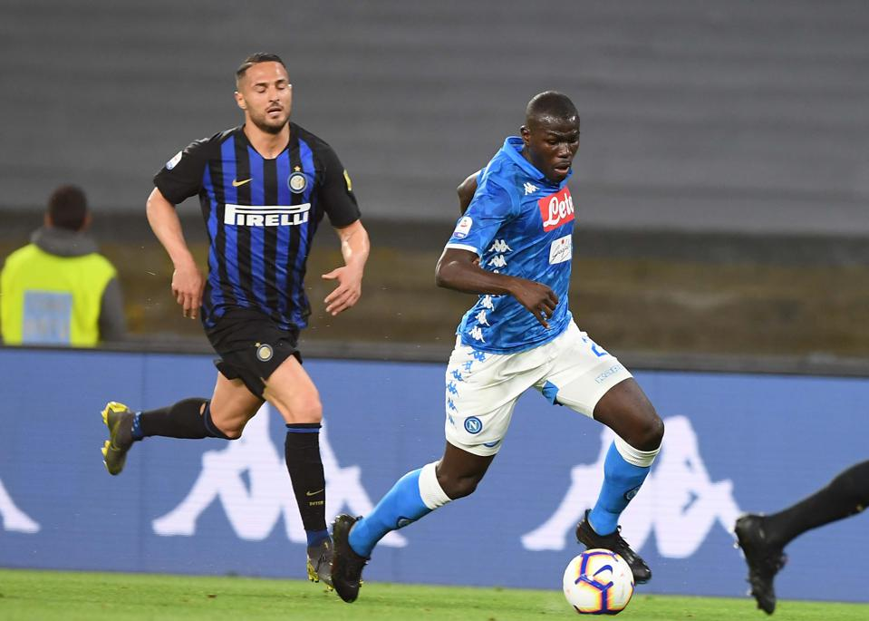 Is it Worth Manchester United Going All In For Kalidou Koulibaly?