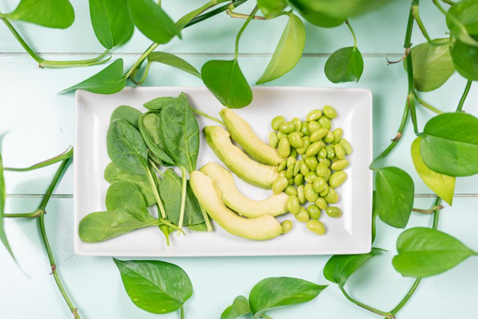 Plant-Based Diet May Help Crohn's Disease Remission, Case Report Suggests