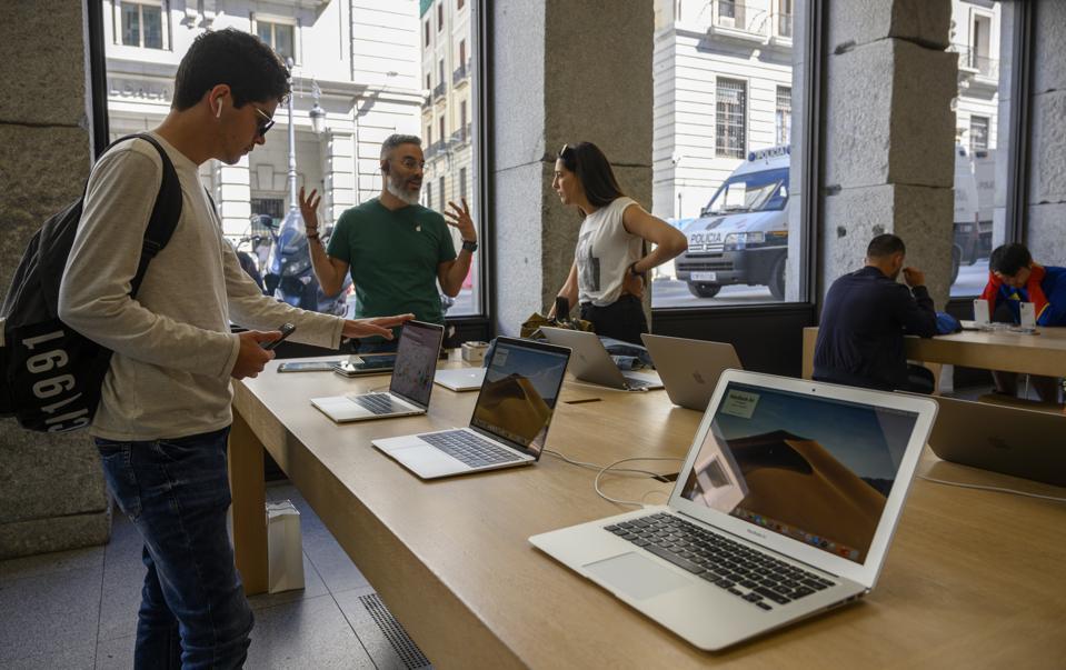 New MacBook Pro Leaks Reveal A Massive Surprise