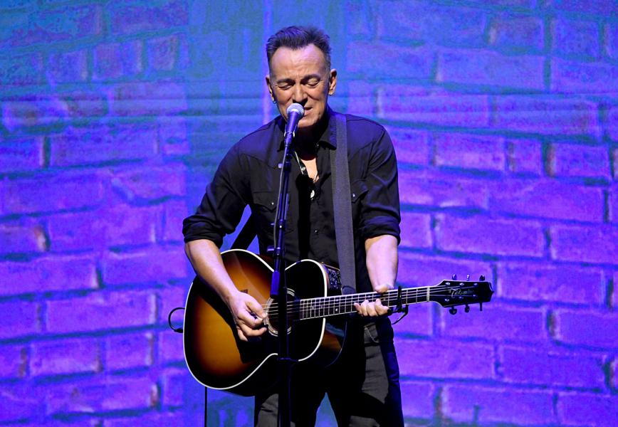 'Western Stars' Reaffirms Bruce Springsteen As America's Greatest Storyteller