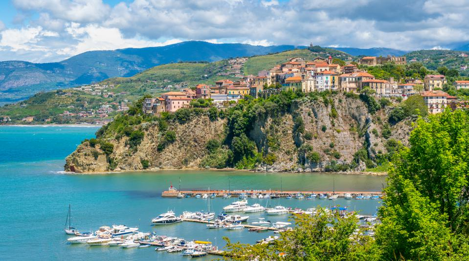 Love The Amalfi Coast? Here Are 5 Reasons To Visit Nearby Cilento