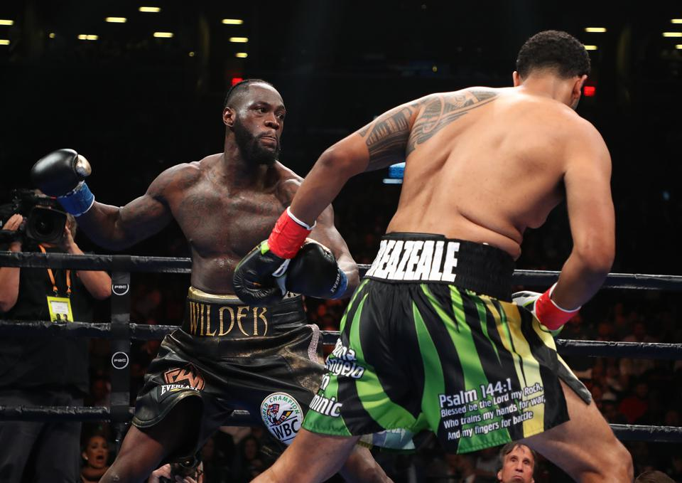 Deontay Wilder Vs. Dominic Breazeale Results: Watch 'Bronze Bomber's First-Round KO Win (VIDEO)