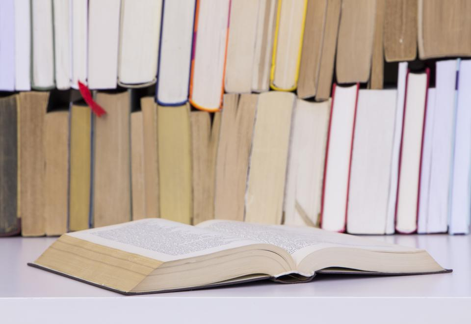 The Best Books To Gift College Graduates This Commencement Season