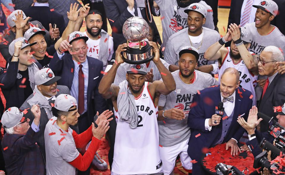 Dare To Be Great: The Kawhi Leonard Risk And What We Can Learn