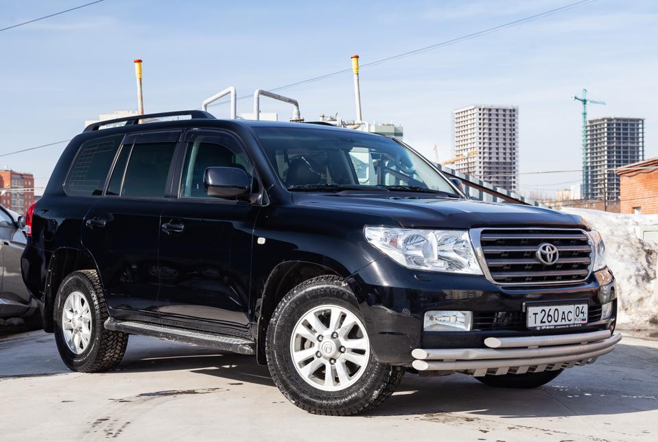 The Indestructible Toyota Land Cruiser To Get Turbo Hybrid For First Time