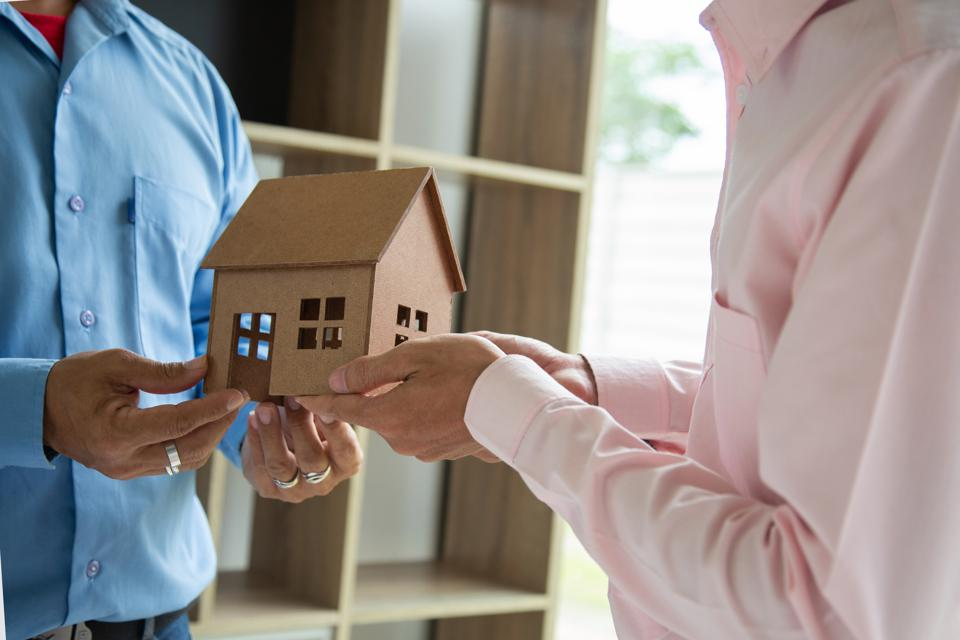 No More Realtors... These Startups Will Buy Your House In Less Than 20 Days