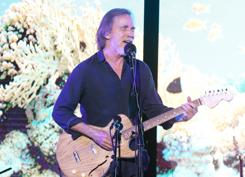 Jackson Browne And Oceana Raise Over 1.4 Million Dollars For Oceans