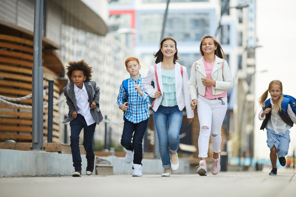 Countering Financial Illiteracy: Practical Tips For Pre-Teens