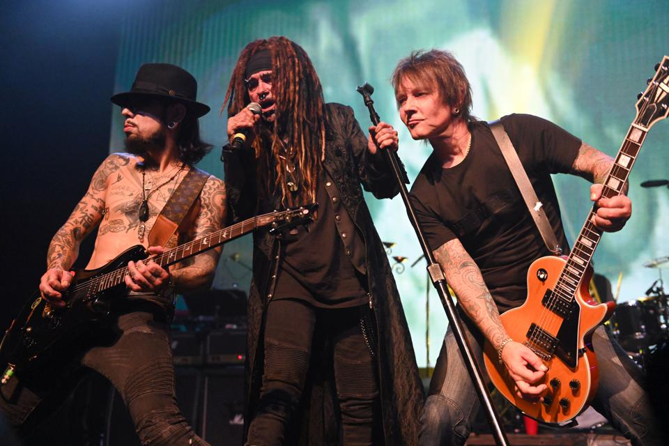 Dave Navarro, Billy Morrison And Friends Go 'Above Ground' In Tribute To Stooges And David Bowie