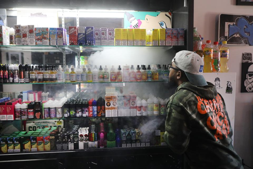 CDC Confirms 8th Vaping-Related Death