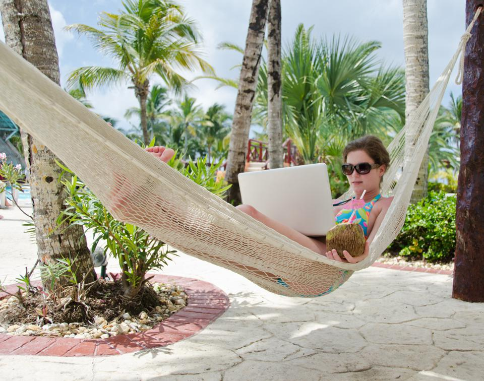 11 Best Places To Be A Digital Nomad (And The 4 Worst)
