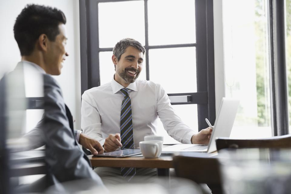 Develop Client Relationships That Count With Insightful Questions